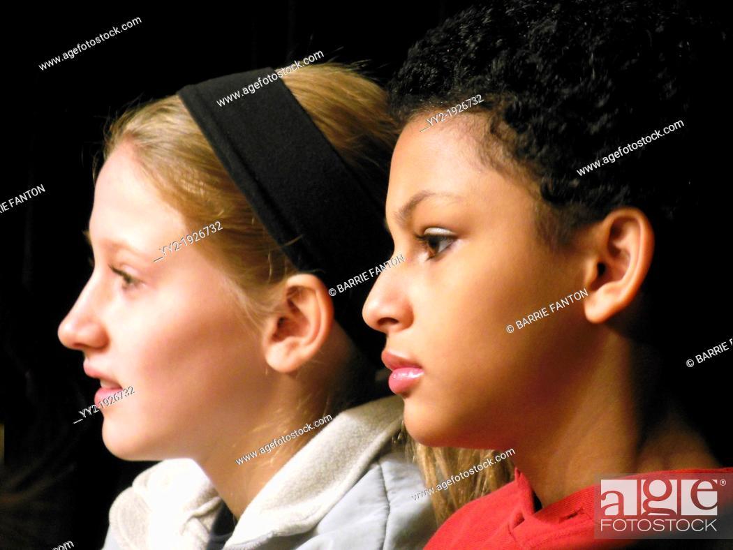 Imagen: Middle School Girls, Wellsville, New York.