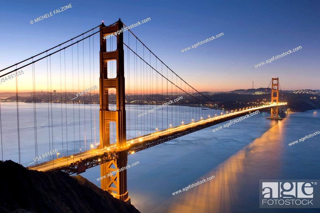Stock Photo: Usa, California, San Francisco, Golden Gate Bridge.