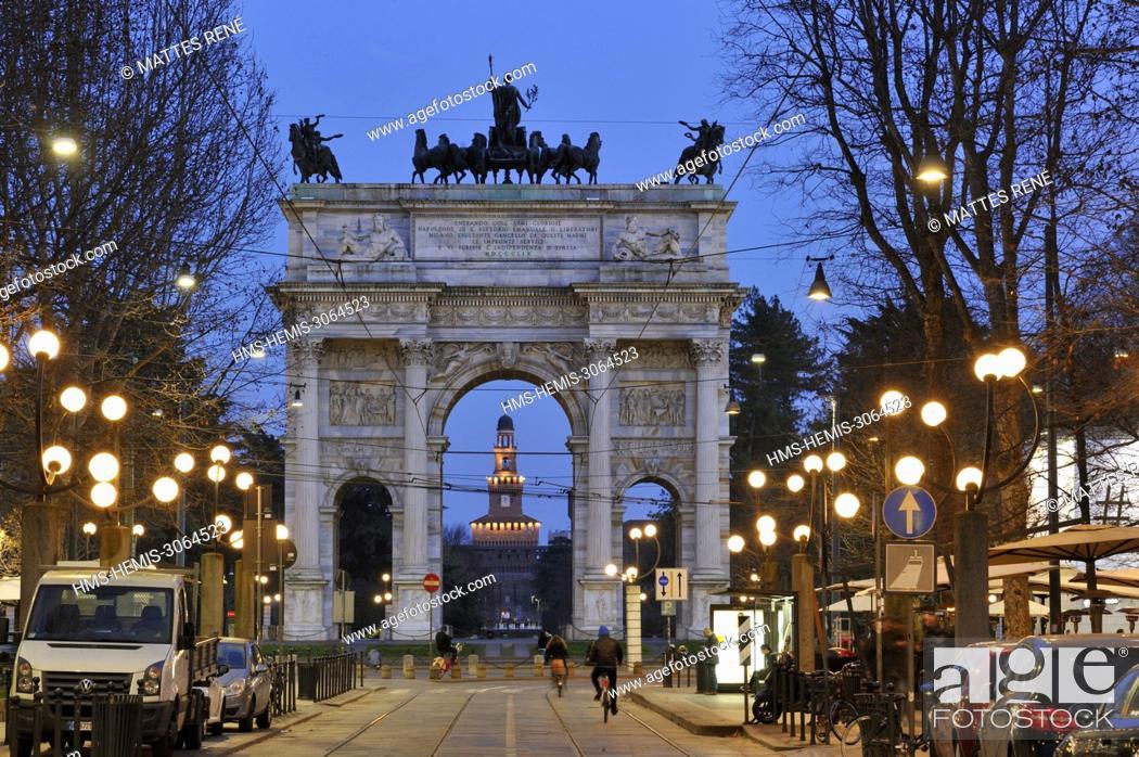 Stock Photo: Italy, Lombardy, Milan, Piazza Sempione, Arc de Triomphe du Simplon (Arco della Pace) neoclassical style designed by architect Luigi Cagnola inaugurated in 1838.