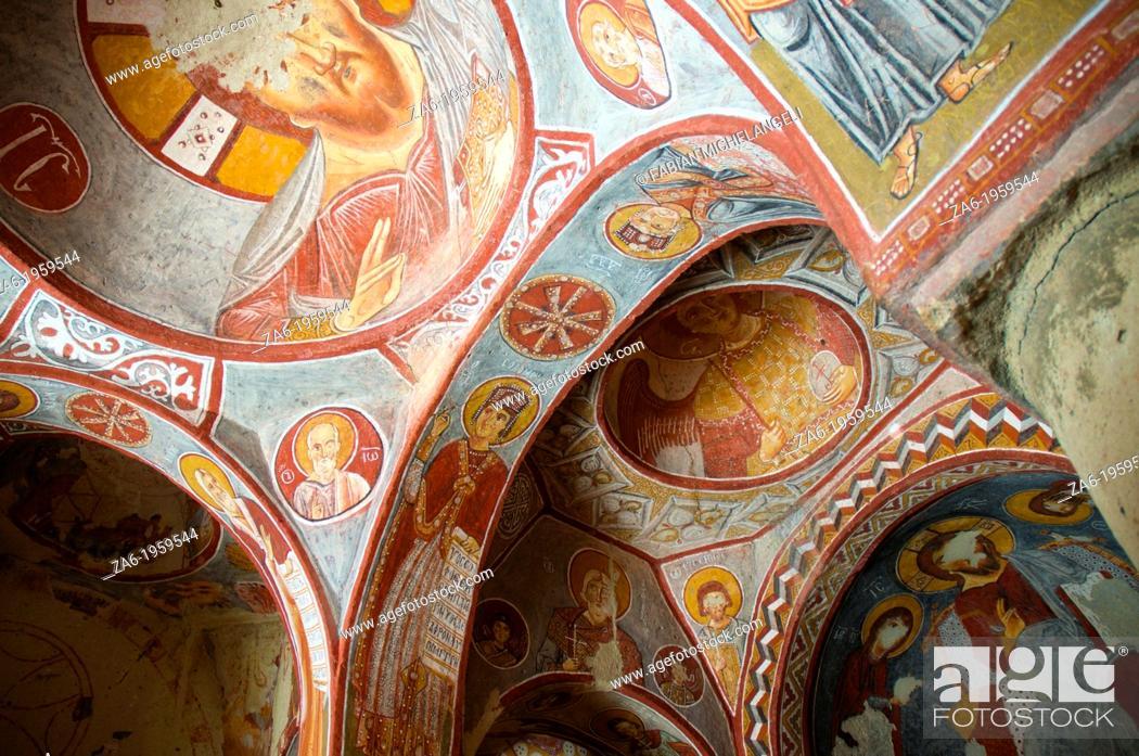 Imagen: Frescoes in Elmali church, Goreme Open Air Museum. Cappadocia, Central Anatolia, Turkey.