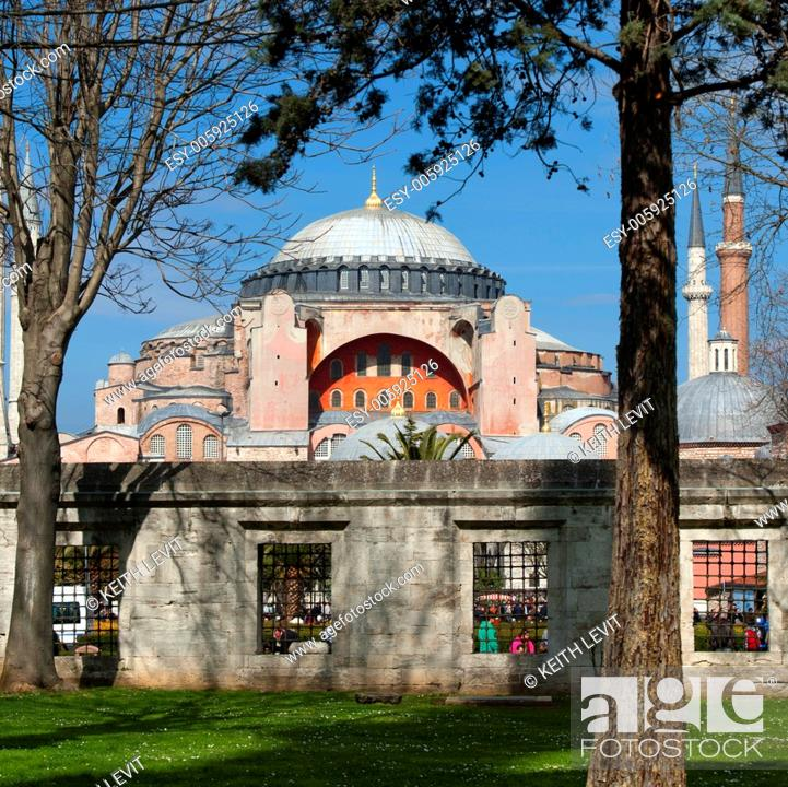 Stock Photo: Aya Sofya, Istanbul, Turkey.