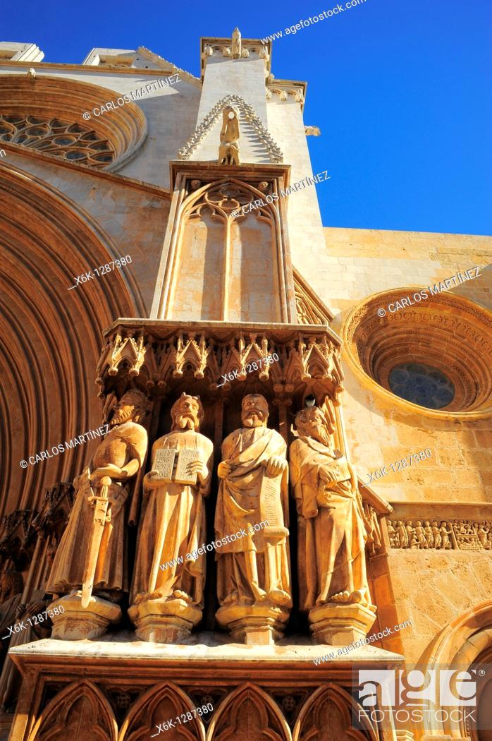 Stock Photo: Statues of Apostles in the main door of the Cathedral (12th Century). Tarragona, Catalonia, Spain.