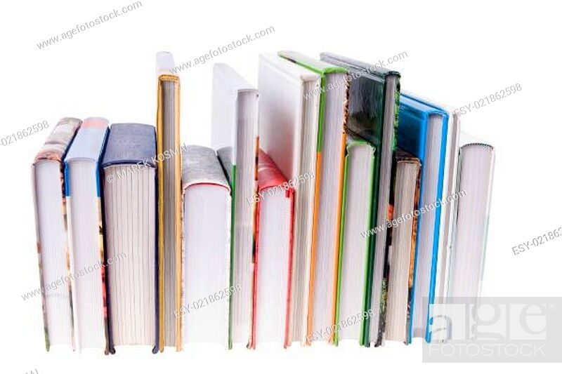 Imagen: Pile of colorful Books isolated on white background.