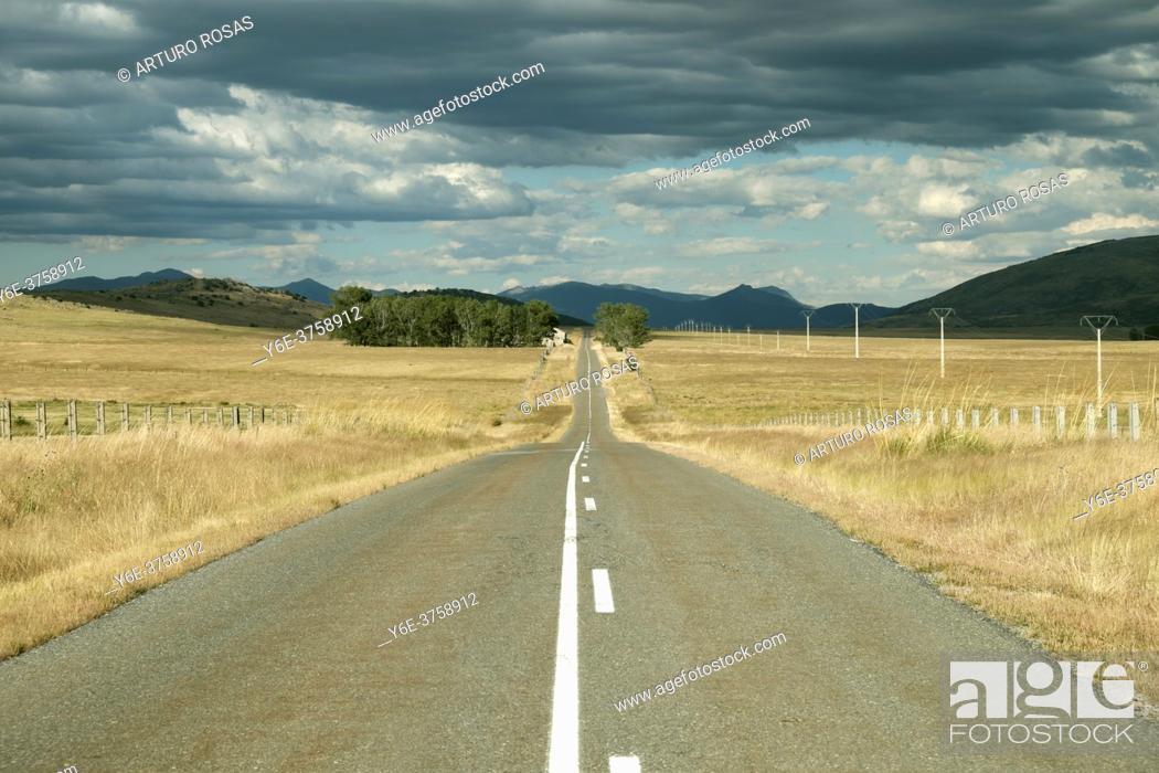 Stock Photo: Secondary road between El Espinar (Segovia) and Ã. vila.