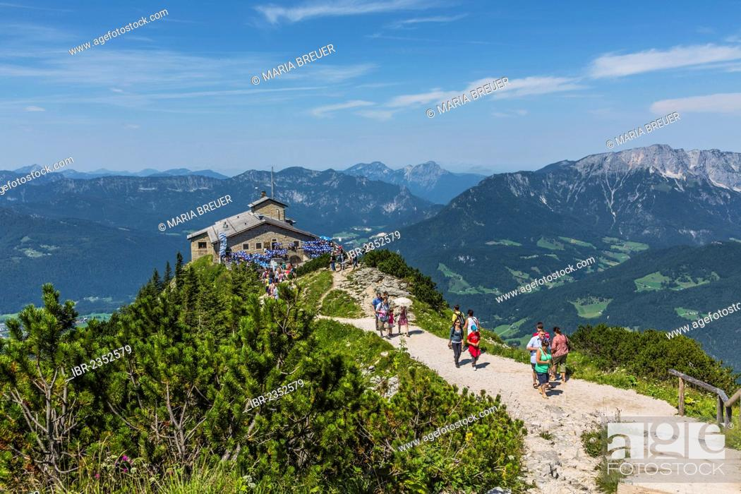 Photo de stock: View from the summit cross towards Kehlsteinhaus or Eagle's Nest and the Alps, Berchtesgaden, Bavaria, Germany, Europe.