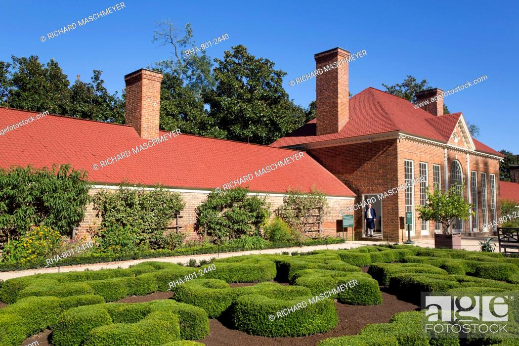 Stock Photo: Green House on right, Slave Quarters on left, Upper Garden in foreground, Mount Vernon, Virginia, United States of America, North America.