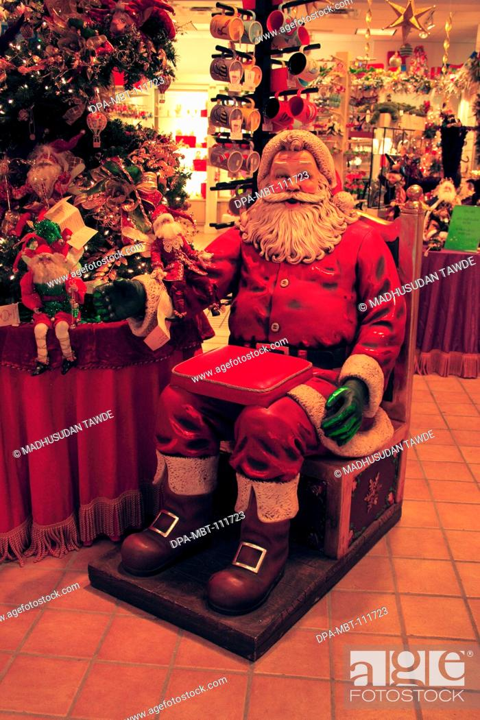 Stock Photo: Santa clause in shop ; New Orleans ; Louisiana ; U.S.A. United States of America.