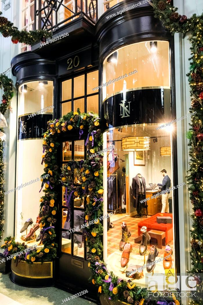 England Christmas Decorations.England London Piccadilly Arcade With Christmas