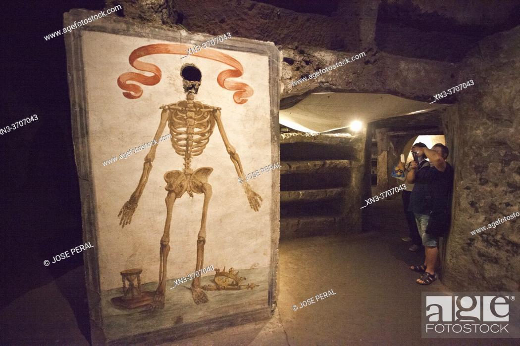 Photo de stock: Catacombs of Saint Gaudiosus are underground paleo-Christian burial sites, Santa Maria della Sanità, church, Rione Sanità, Naples city, Campania, Italy, Europe.