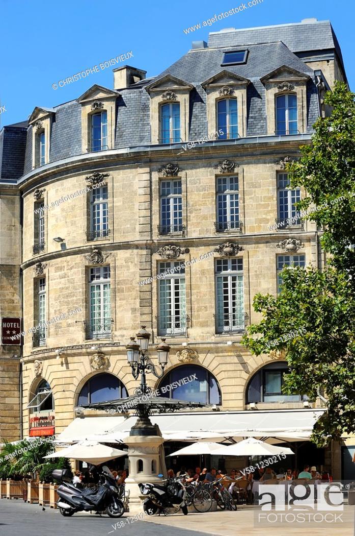 Stock Photo: France, Gironde, Bordeaux, World Heritage Site, Cours de l'Intendance.