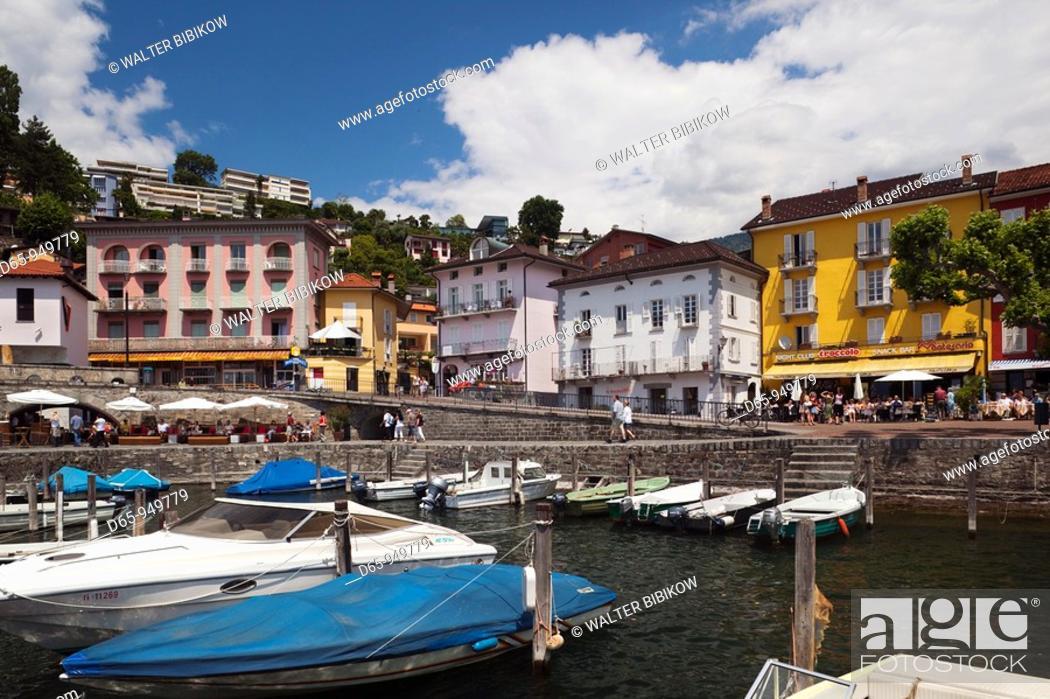 Stock Photo: Switzerland, Ticino, Lake Maggiore, Ascona, lakefront.