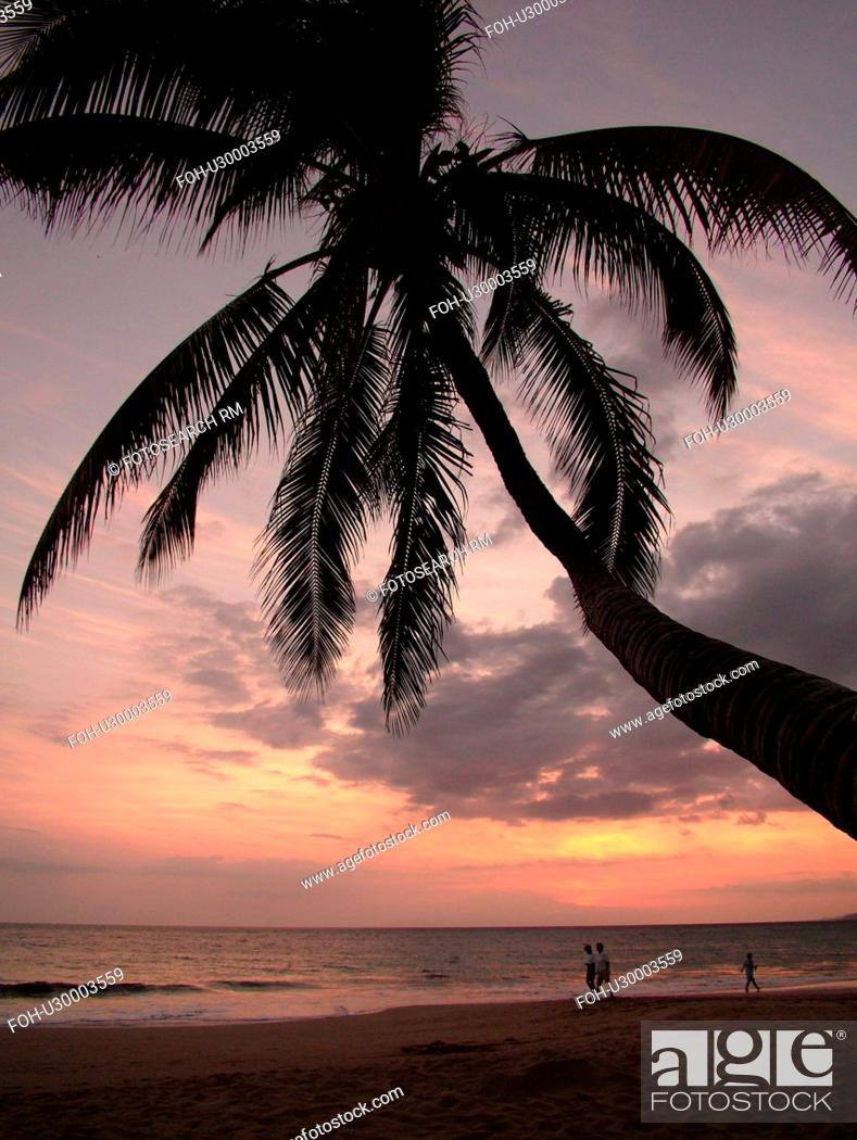 Stock Photo: Kihei, Maui, HI, Hawaii, Leeward Coast, Maalaea Bay, Kamaloe, Kamaloe Beach, sunset, Southwestern Coast.