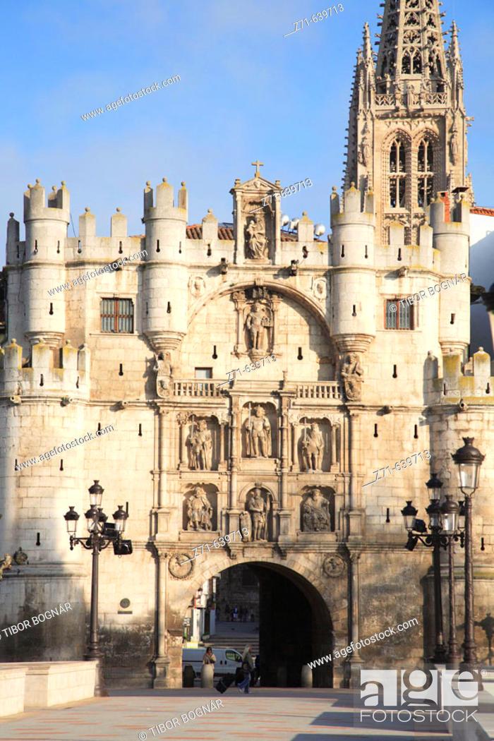 Stock Photo: Spain, Castilla Leon, Burgos, Arco de Santa Maria.