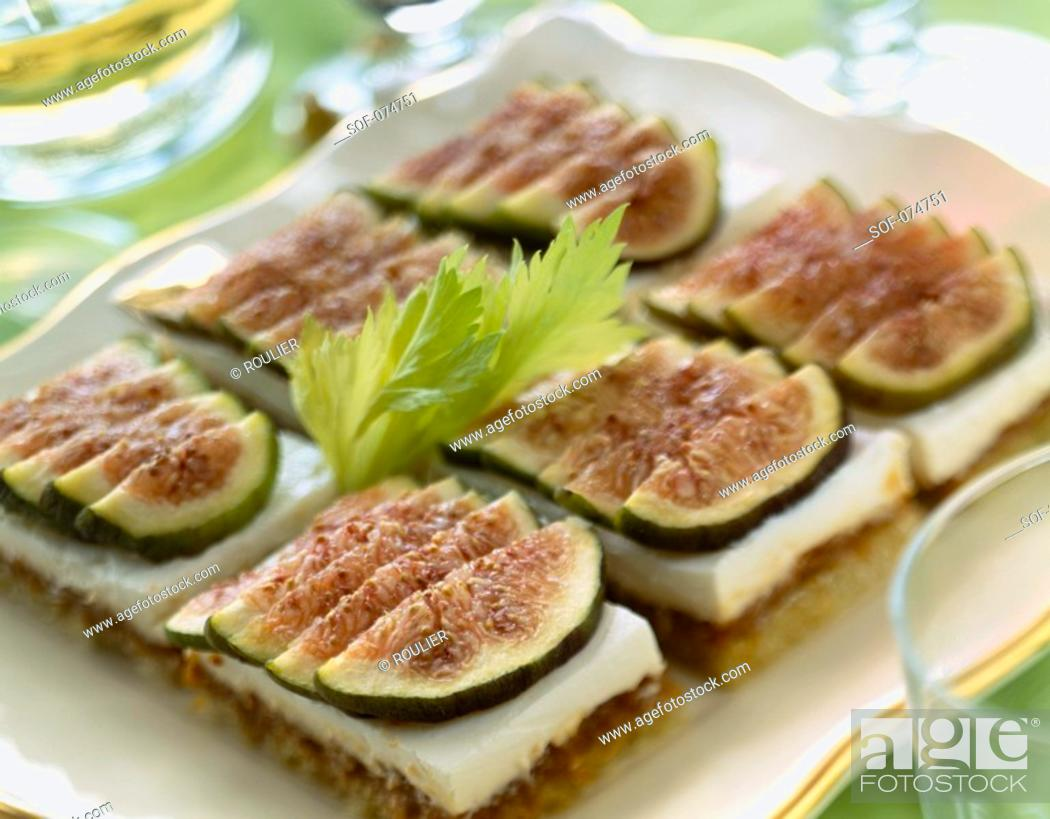 Stock Photo: Fromage frais and figs on toast.