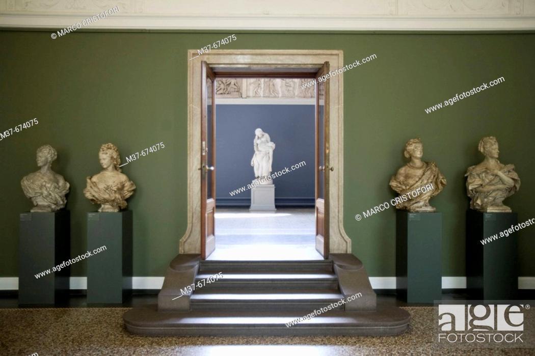 Stock Photo: NY Carslberg Glypotek museum. Room 44. Copenhagen. Denmark.