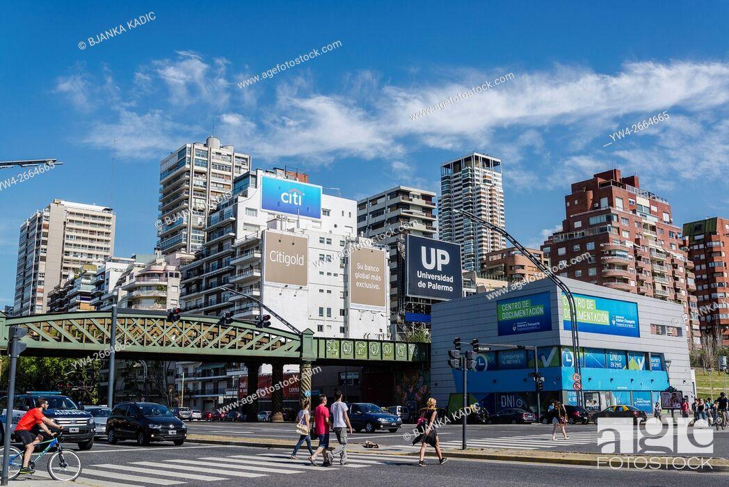 Photo de stock: Avenida Libertador, Palermo, Buenos Aires, Argentina.