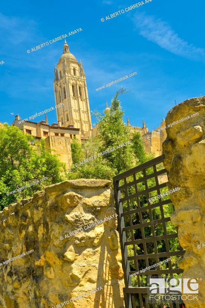 Stock Photo: Cathedral of Segovia, Santa Iglesia Catedral de Nuestra Señora de la Asunción y de San Frutos, Segovia, UNESCO World Heritage Site, Castilla y León, Spain.