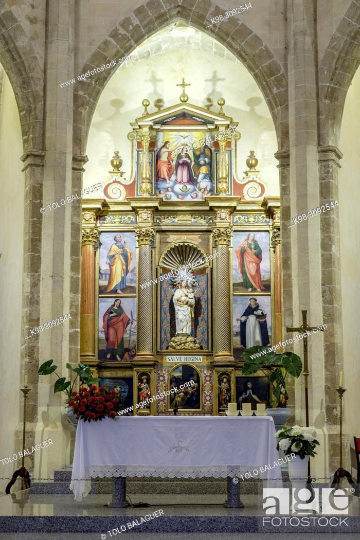 Stock Photo: retablo central, museo de la iglesia de Santa Maria de Andratx, fundada en 1248, Andratx, Mallorca, balearic islands, Spain.
