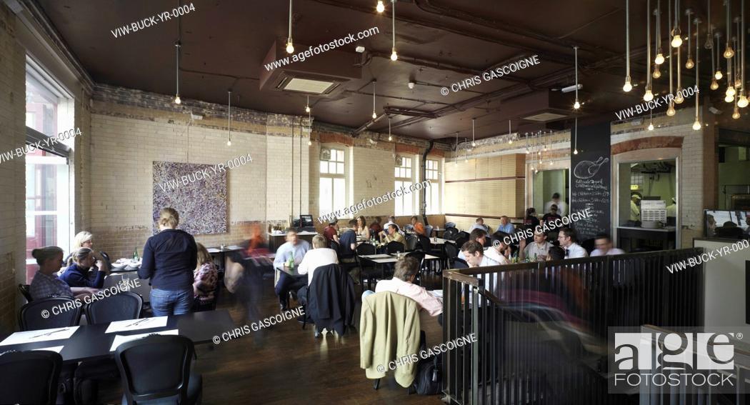 Stock Photo: YARD RESTAURANT, LONDON, UNITED KINGDOM, Architect BUCKLEY GRAY YEOMAN.