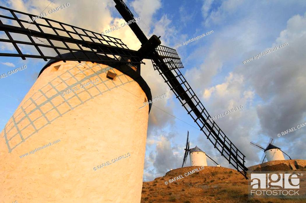 Stock Photo: Windmills, La Mancha, Spain.