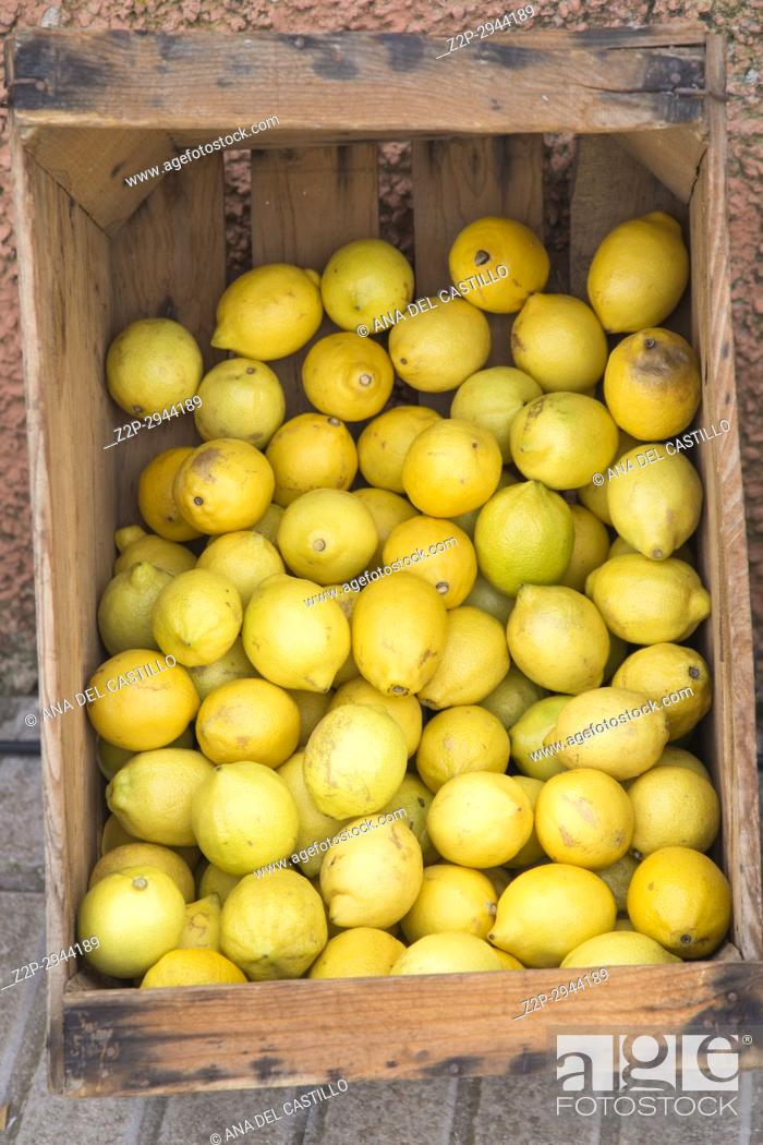 Stock Photo: Fresh lemons in wooden box Valencia Spain.
