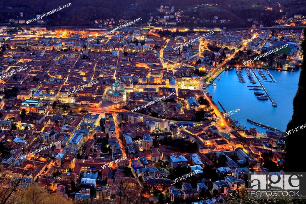 Photo de stock: Como by night, Lake Como, Lombardy, Italy.