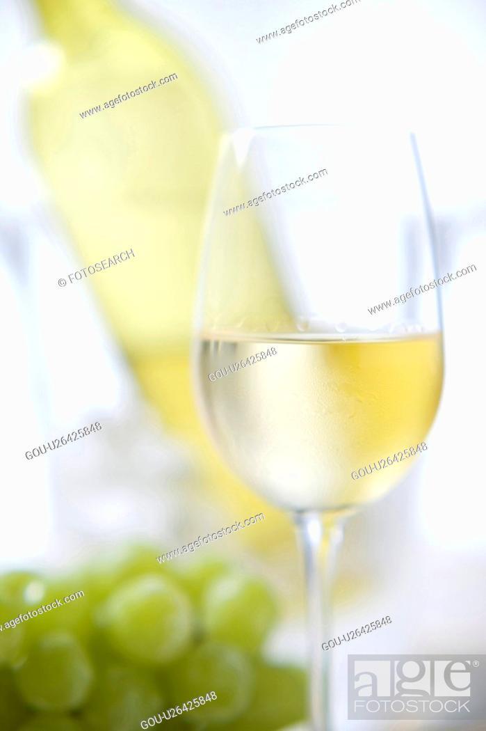 Stock Photo: White wine.
