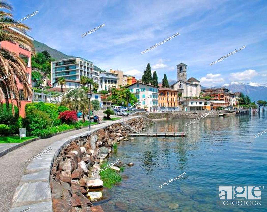 Stock Photo: Brissago am Lago Maggiore im Tessin.