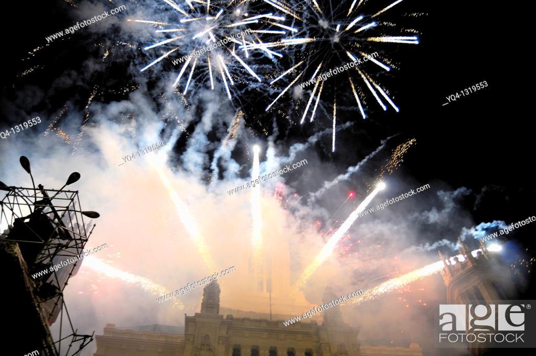 Stock Photo: Fireworks during the cabalgata de los Reyes Magos (Cavalcade of Magi) held on January 5. Paseo de la Castellana, Plaza de Cibeles, Madrid, Spain.
