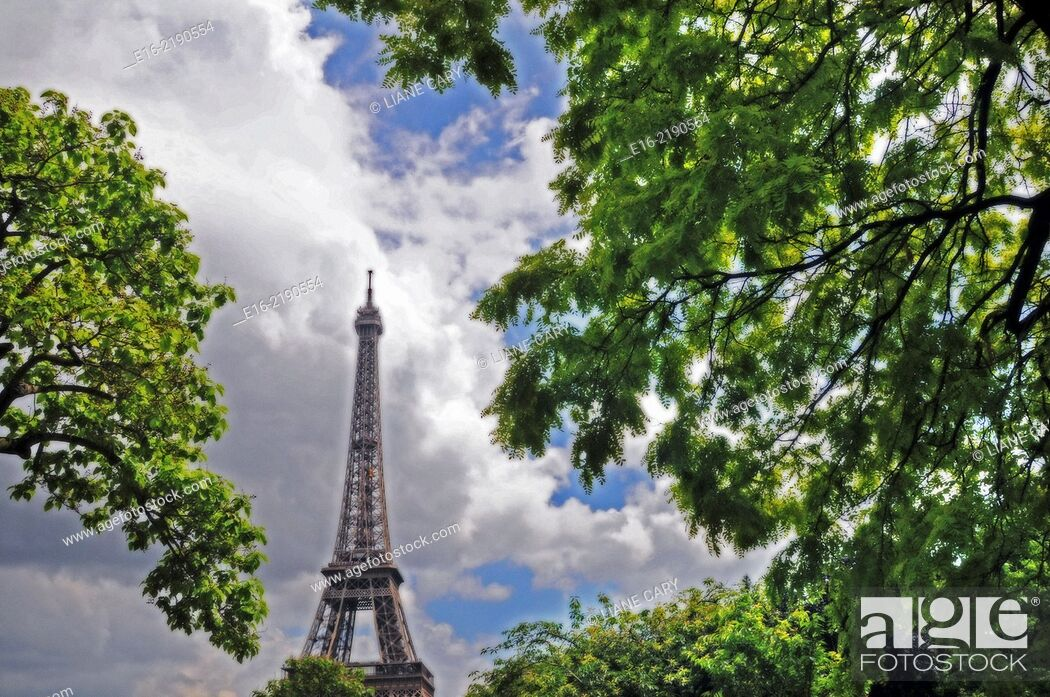 Stock Photo: View of the Eiffel Tower in Paris, France.