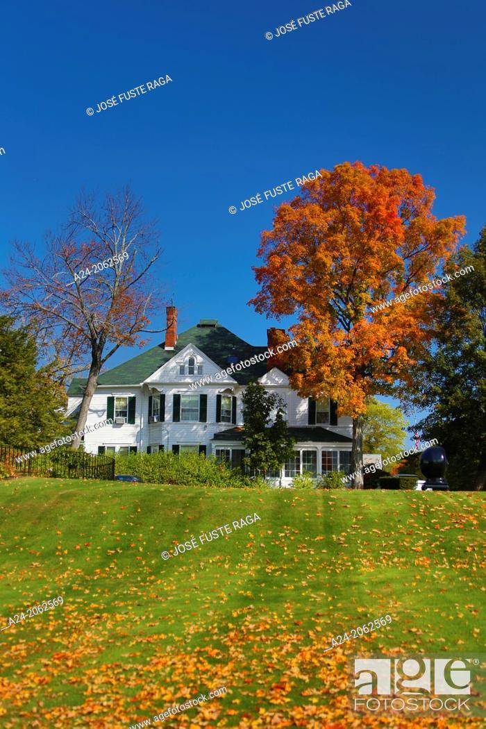 Stock Photo: USA ,Massachusetts, Berkshire District, Near Lenox City , House.