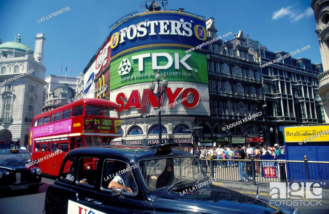 Piccadilly Circus  Neon signs  TDK  Sanyo  Buildings  Red