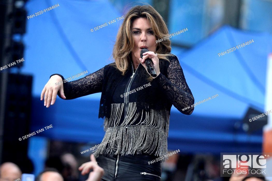 Today Show Summer Concert Series 2020.Shania Twain Live Bei Einem Konzert Der Nbc Today Show Citi