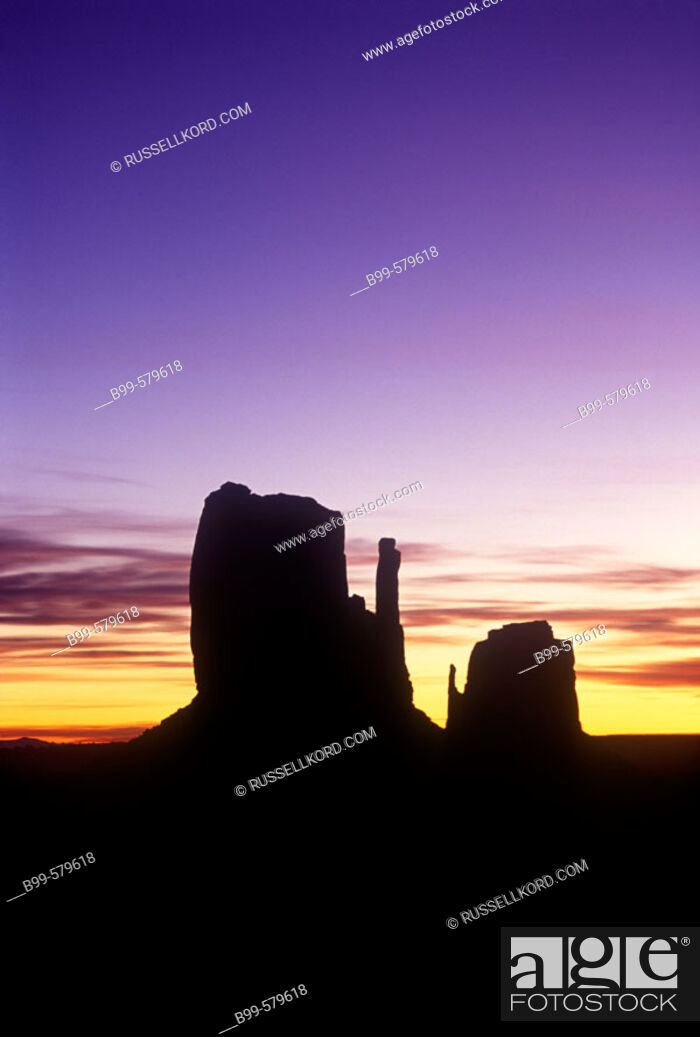 Stock Photo: Scenic Mittens, Monument Valley Navajo Tribal Park, Arizona, Usa.
