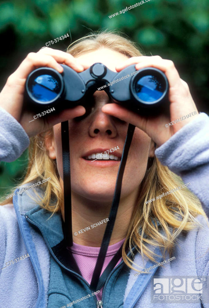 Stock Photo: TOURIST BIRDWATCHING, MONTEVERDE CLOUD FOREST, COSTA RICA. S041441.