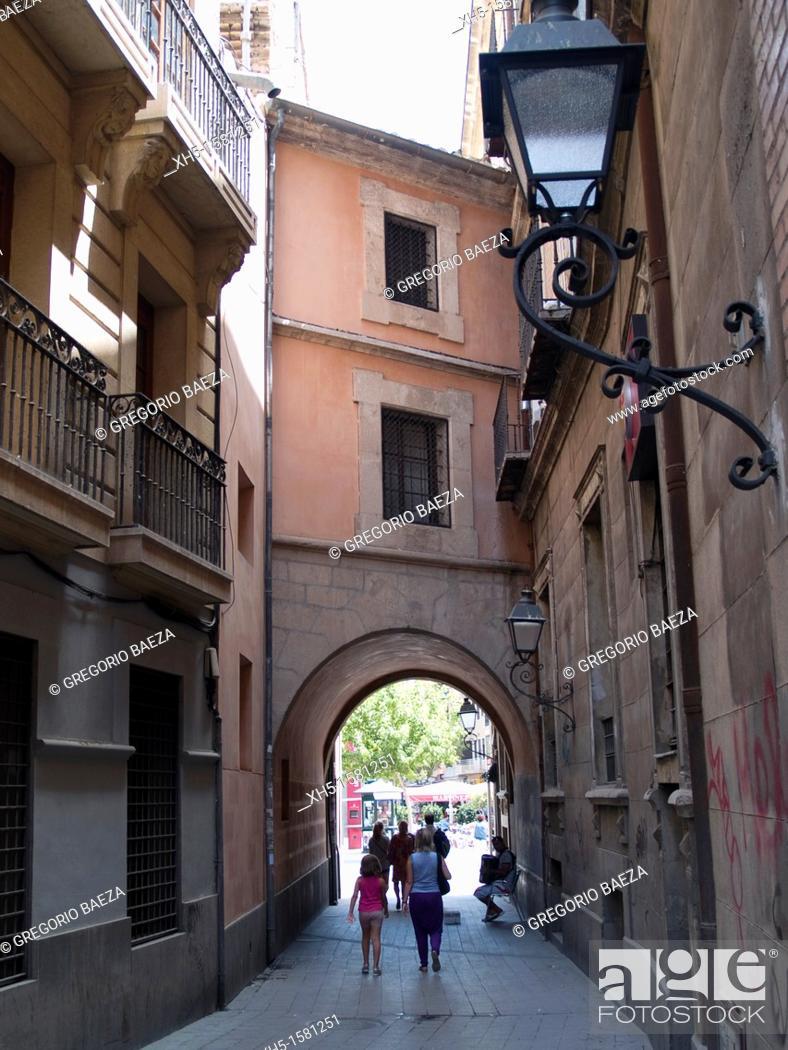 Stock Photo: Santo Domingo Arch, Murcia, Spain.