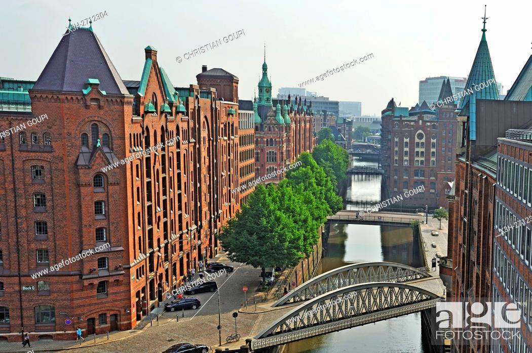 Stock Photo: aerial view over St. Annenfleet et Hollandischbrookfleet canal in the Speicherstadt (City of Warehouses), HafenCity quarter, Hamburg, Germany, Europe.