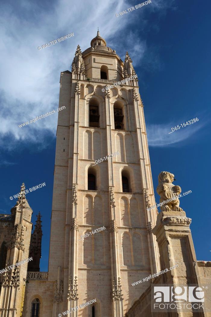Stock Photo: Spain, Castilla y Leon Region, Segovia Province, Segovia, Segovia Cathedral.