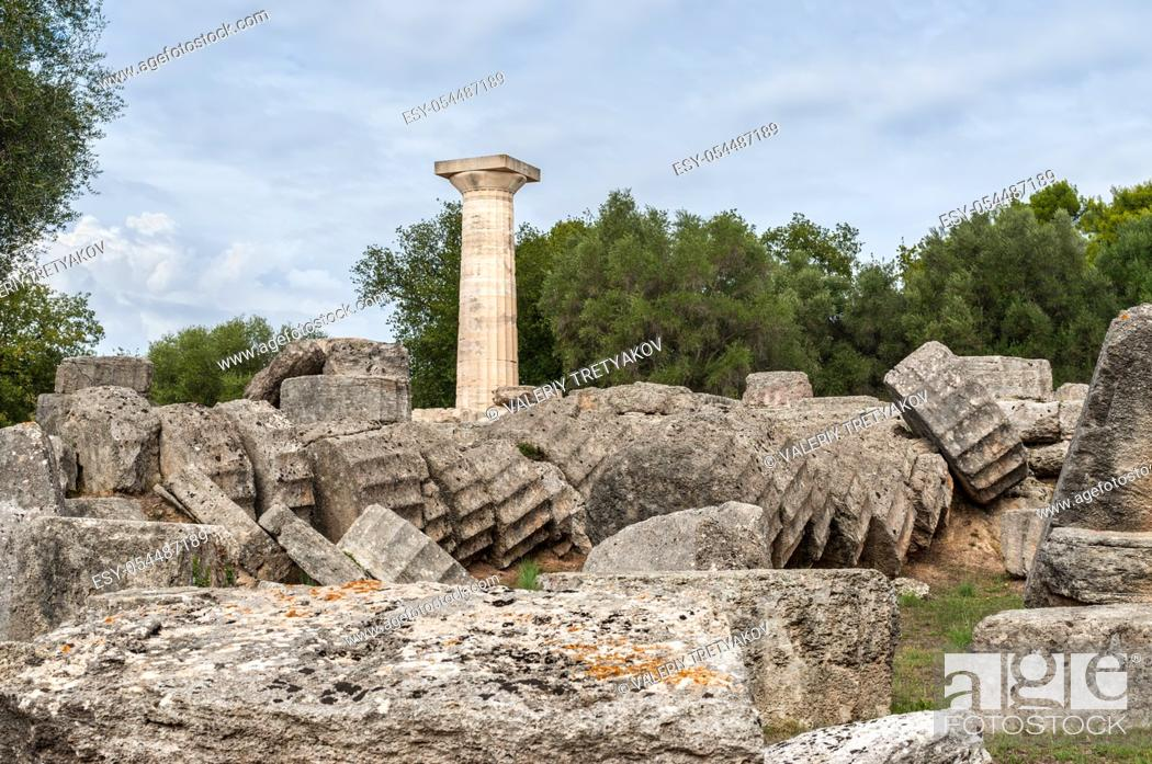 Stock Photo: Ruins of the Temple of Zeus, Olympia, Greece.