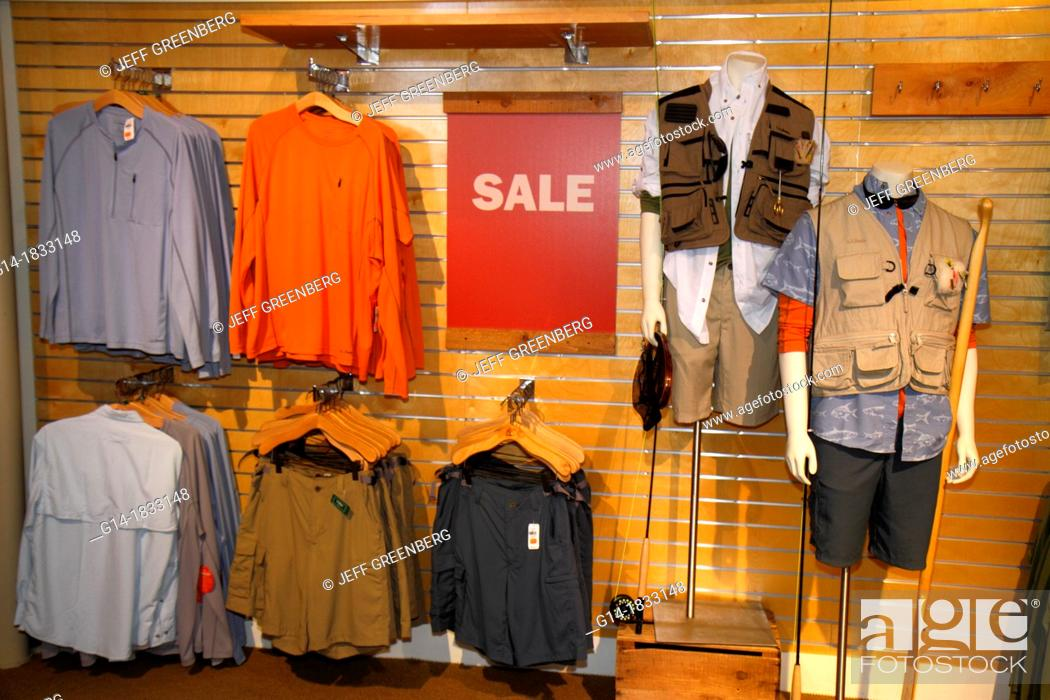 Maine, Freeport, Main Street, Route 1, L L Bean, shopping, outdoor