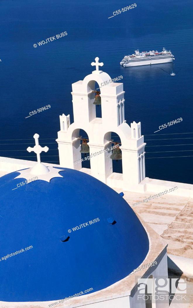 Stock Photo: Greece, Santorini, Firostefani, church.