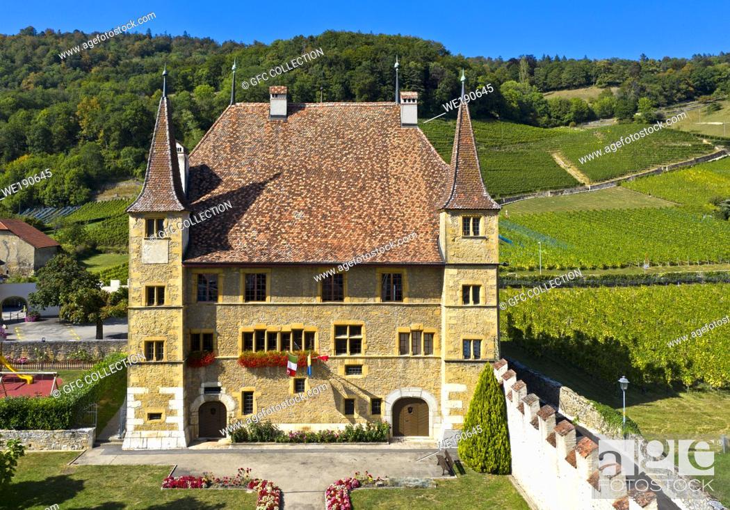 Photo de stock: Cressier Castle, Cressier, canton of Neuchâtel, Switzerland.
