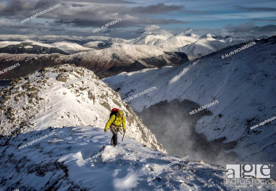 Stock Photo: Scotland, Glencoe, Beinn a'Bheithir, mountaineering in winter.
