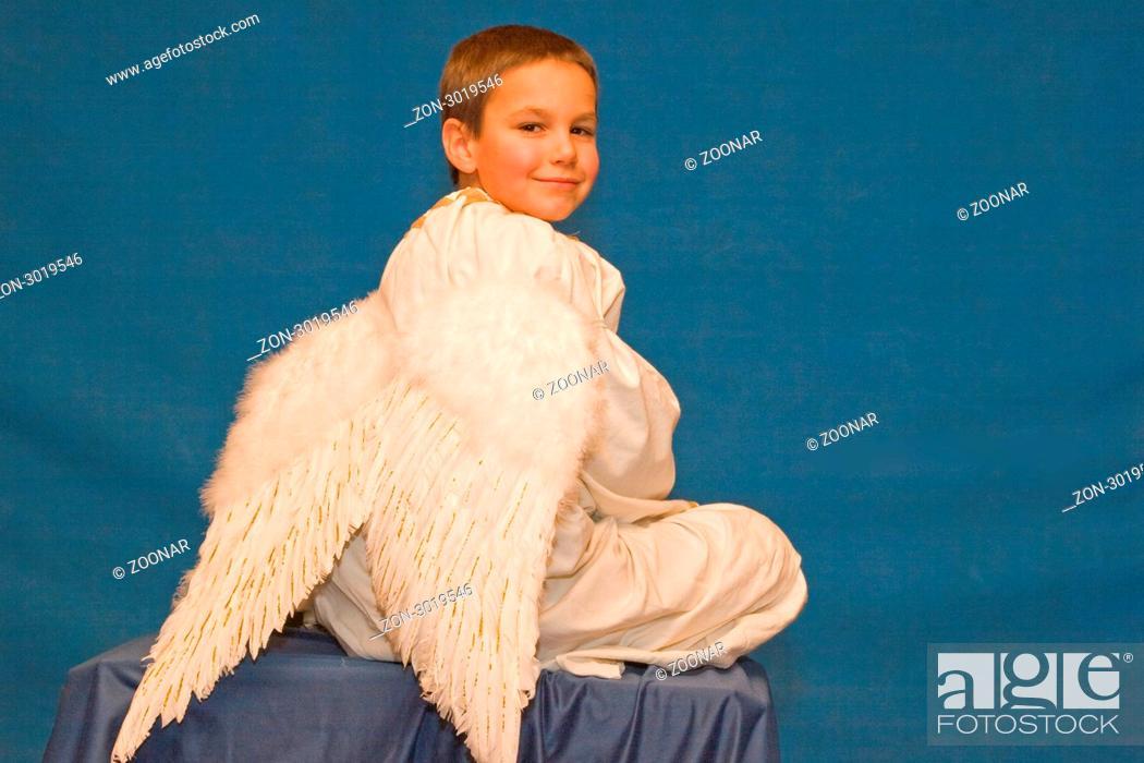 Engel Oder Bengel engel oder bengel das ist hier die frage stock photo picture and