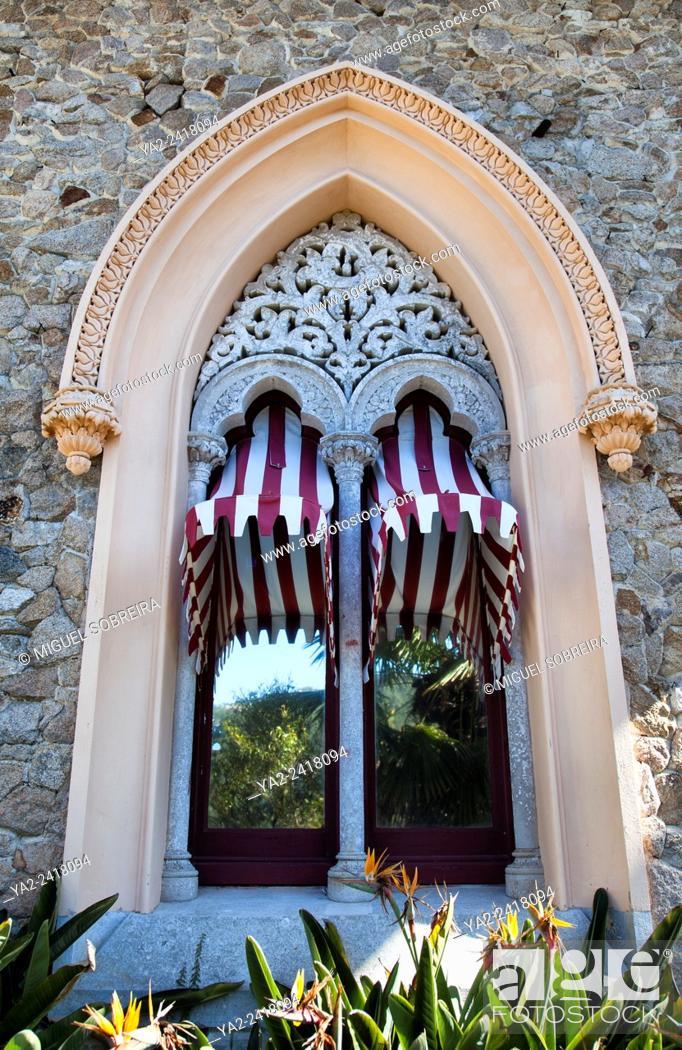 Imagen: Monserrate Palace Villa Window Detail - Sintra Portugal.