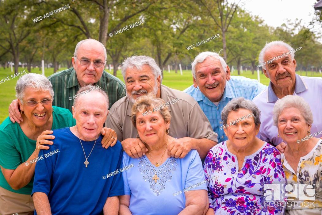 Stock Photo: USA, Texas, Group foto of senior citizens at reunion meeting.