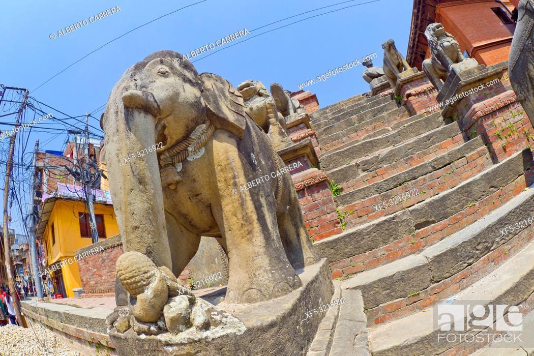 Imagen: Hindu Street Temple, Street Scene, Bhaktapur, Kathmandu, Nepal, Asia.