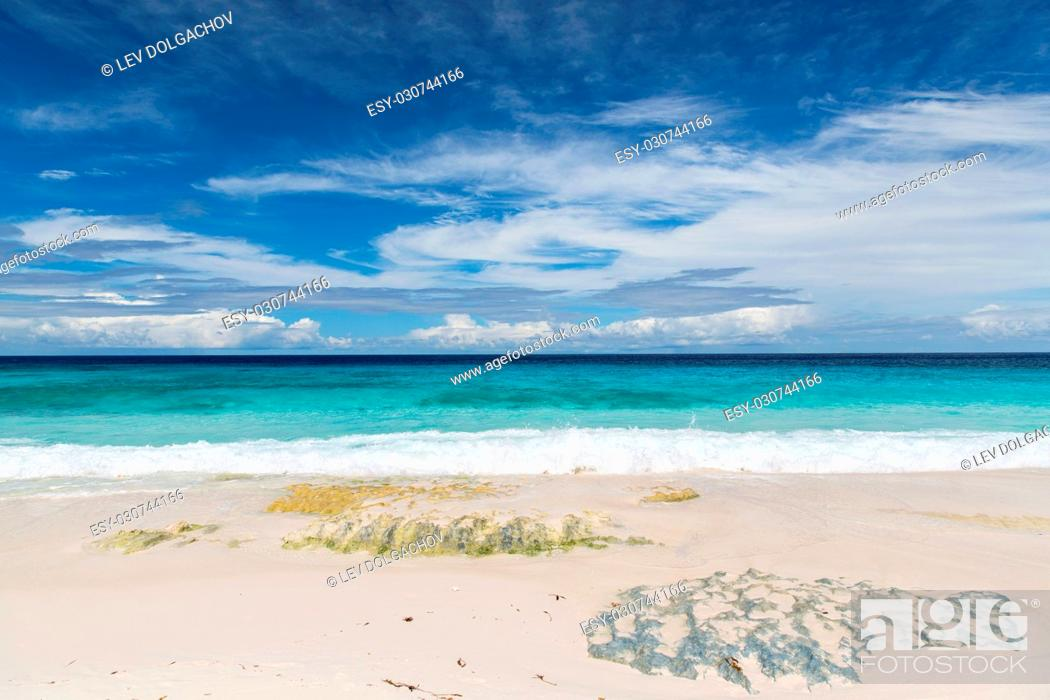 Stock Photo: travel, seascape and nature concept - beach in indian ocean on seychelles.