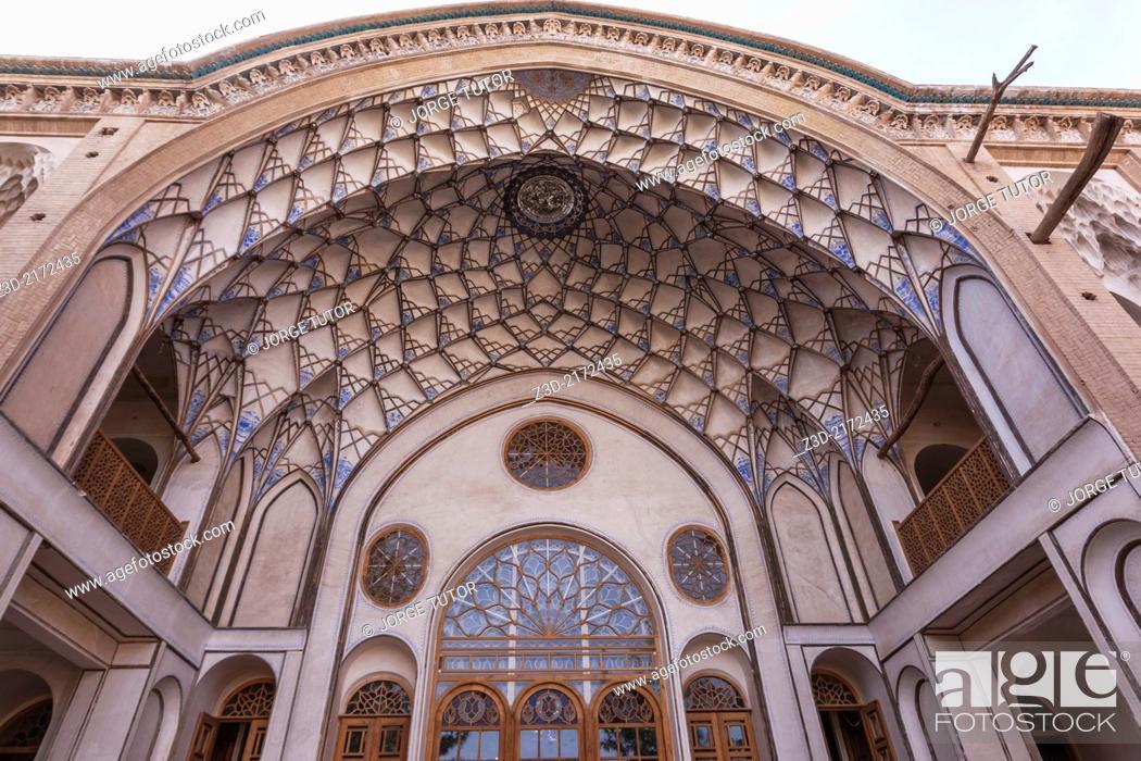 Imagen: Khan-e Ameriha palace, Kashan, Iran.