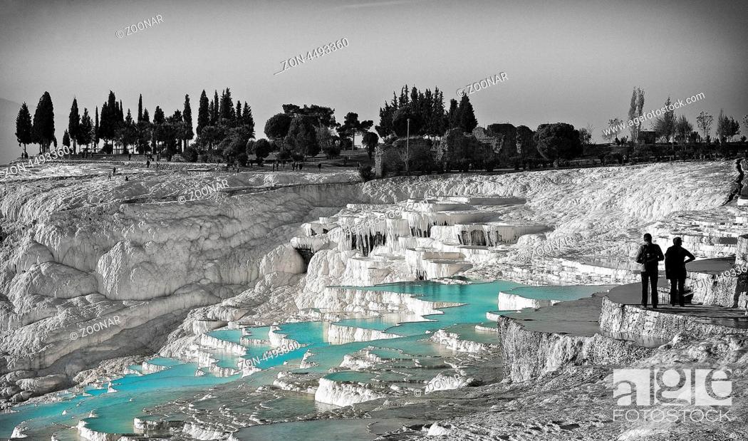 Stock Photo: Sinterterrassen von Pamukkale in der Türkei.